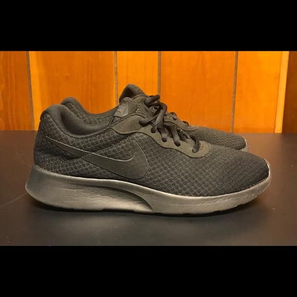 """Nike Other - 🚩🚩Sold🚩🚩🔥Nike """"Tanjun"""" Black 9.5🔥"""
